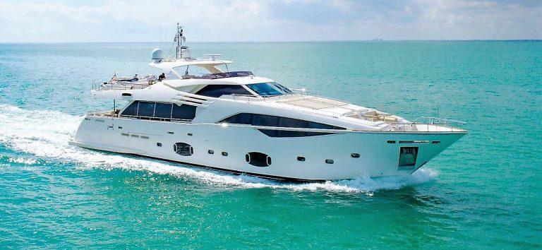 105 YCG Motor Yacht