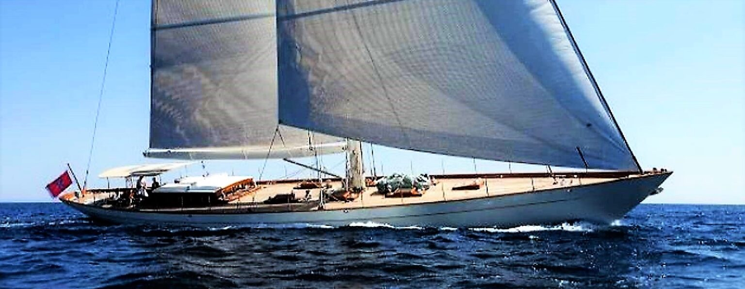 Aurelius 111 sailing yacht