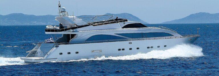DREAM B Motor Yacht