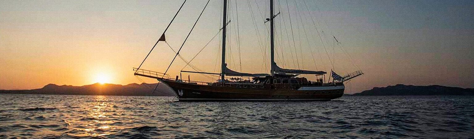 ENTRE CIELOS sailing yacht